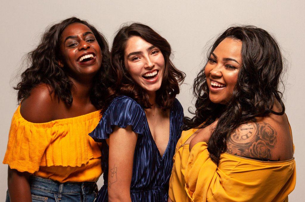 tre donne diverse e felici