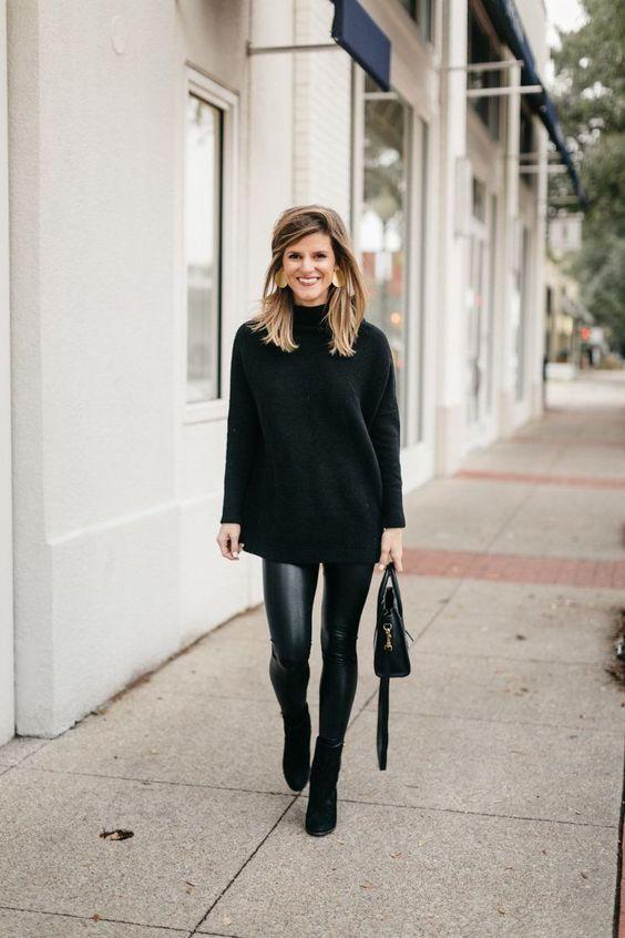 leggings inverno: total black sì, ma con i leggings in pelle