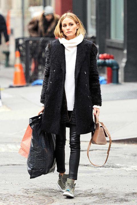 leggings inverno: cappotto e maglione di lana